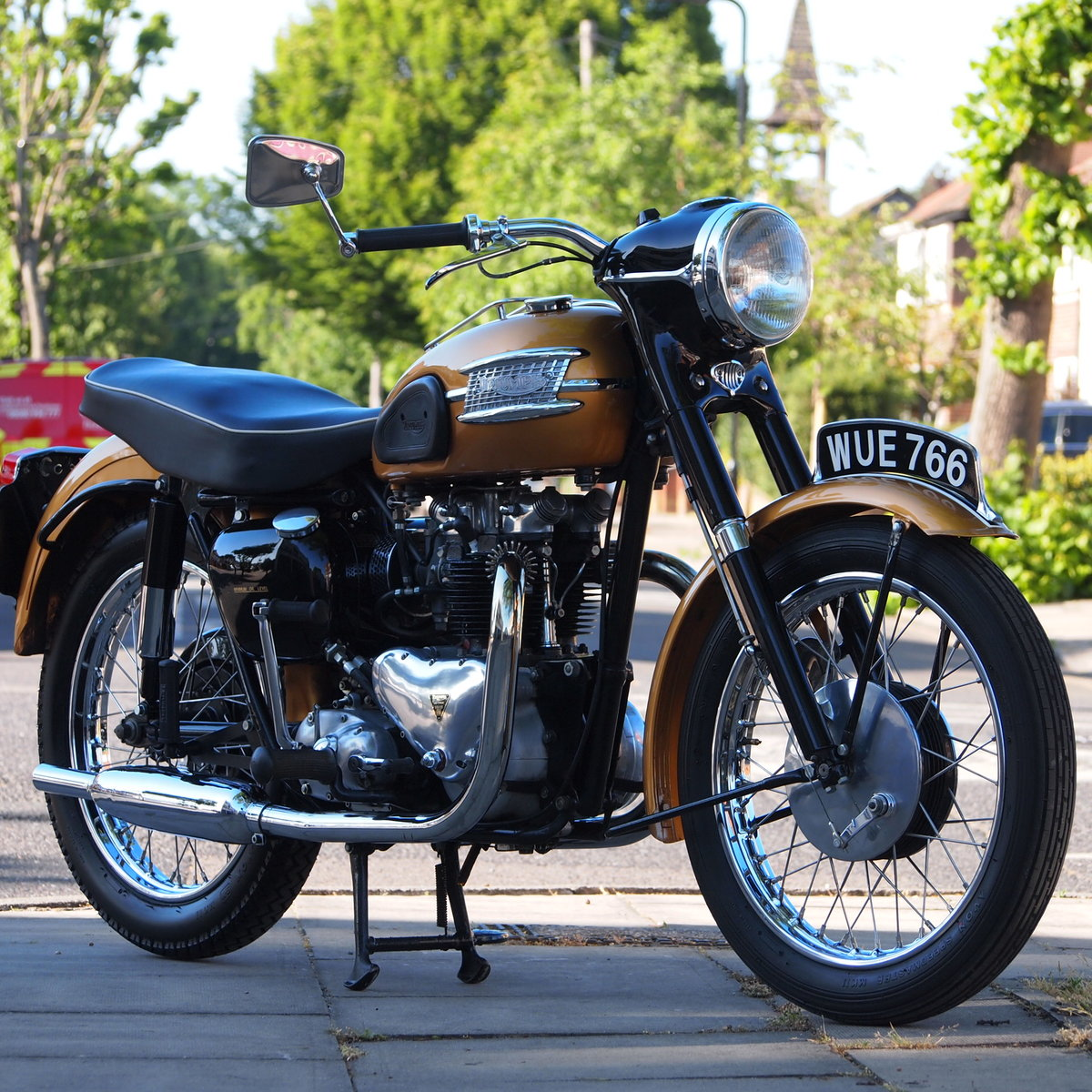1957 Triumph 6T Thunderbird 650cc  RESERVED FOR MICHAEL. SOLD (picture 1 of 6)