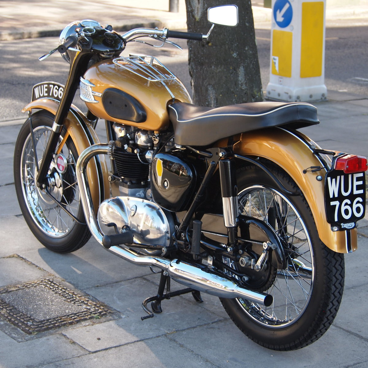 1957 Triumph 6T Thunderbird 650cc  RESERVED FOR MICHAEL. SOLD (picture 4 of 6)