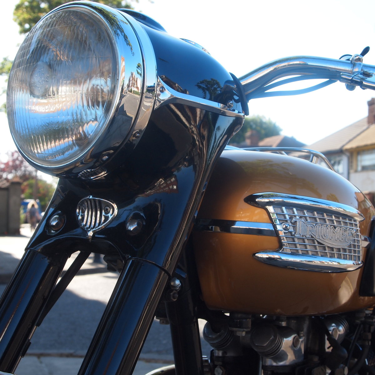 1957 Triumph 6T Thunderbird 650cc  RESERVED FOR MICHAEL. SOLD (picture 5 of 6)