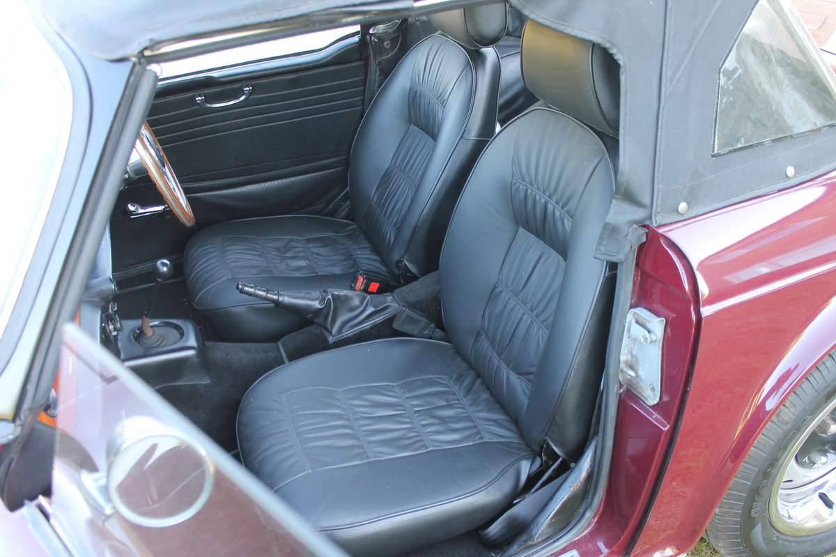 1971 Triumph TR6 PI original rhd with overdrive For Sale (picture 3 of 4)