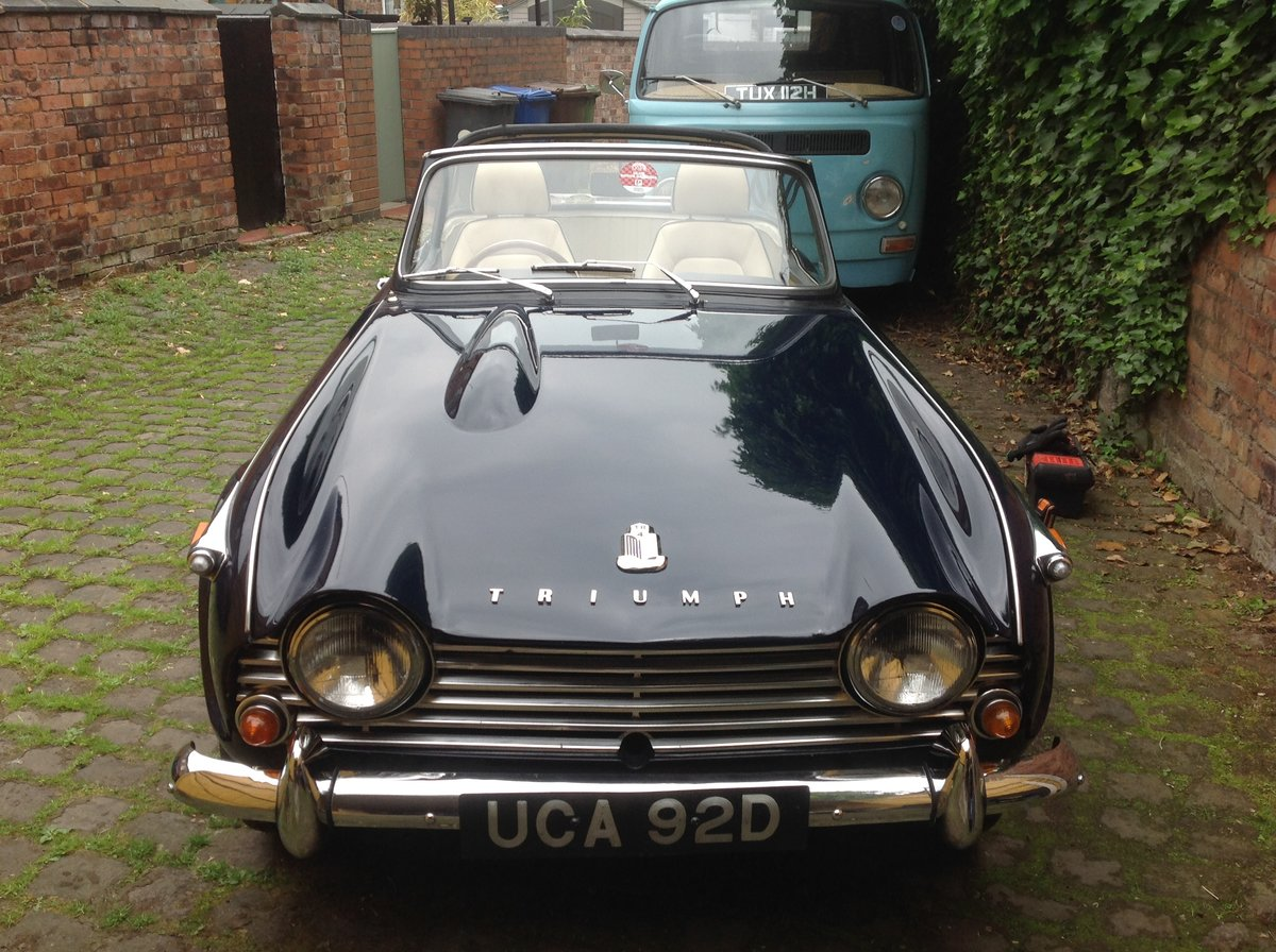 1966 Triumph TR4A IRS For Sale (picture 4 of 6)