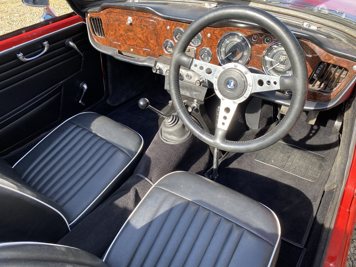 1964 Triumph TR4. Beautifully Restored SOLD (picture 4 of 6)