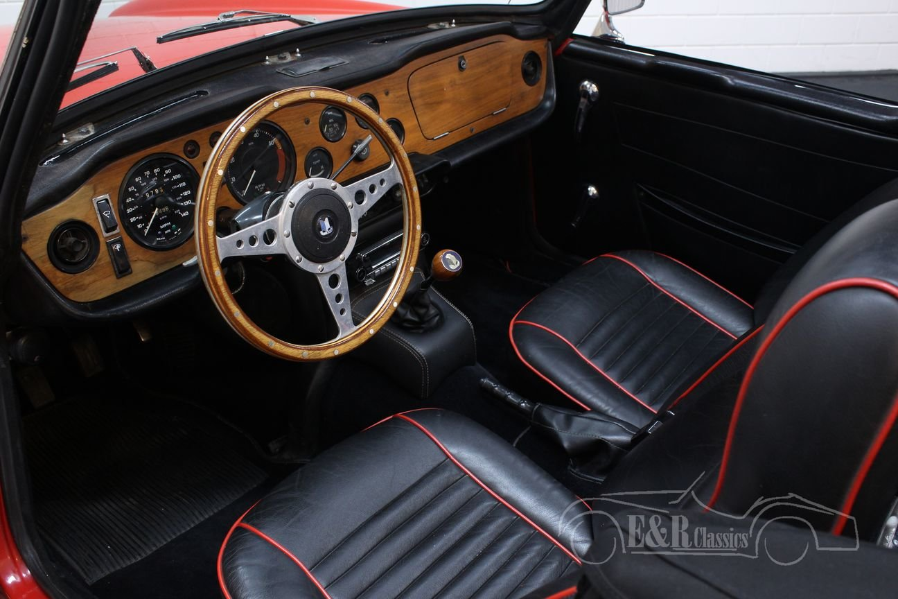 Triumph TR6 Cabriolet 1971 Overdrive For Sale (picture 3 of 6)