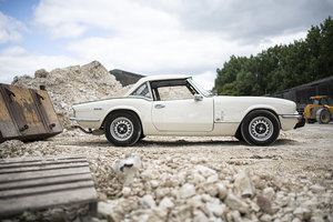 1971 MkIV Triumph Spitfire roadster for hire in Surrey