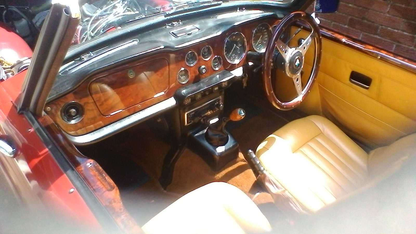1975 Triumph TR 6 Genuine RHD car with overdrive SOLD (picture 6 of 6)