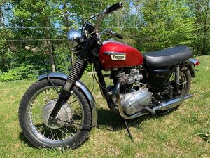 Triumph Bonneville  650cc unit construction 1969