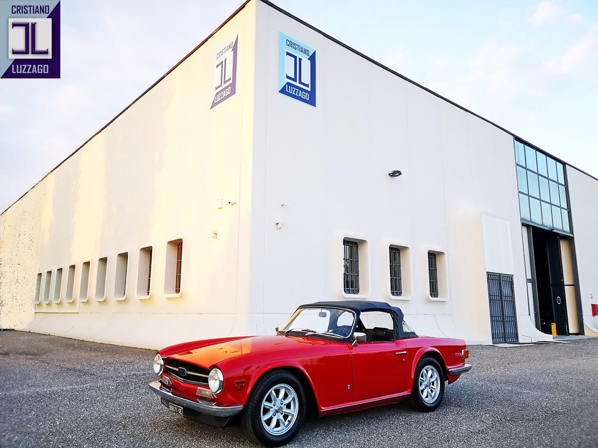 EXCEPTIONAL 1973 TRIUMPH TR6 TOTALLY RESTORED For Sale (picture 1 of 6)