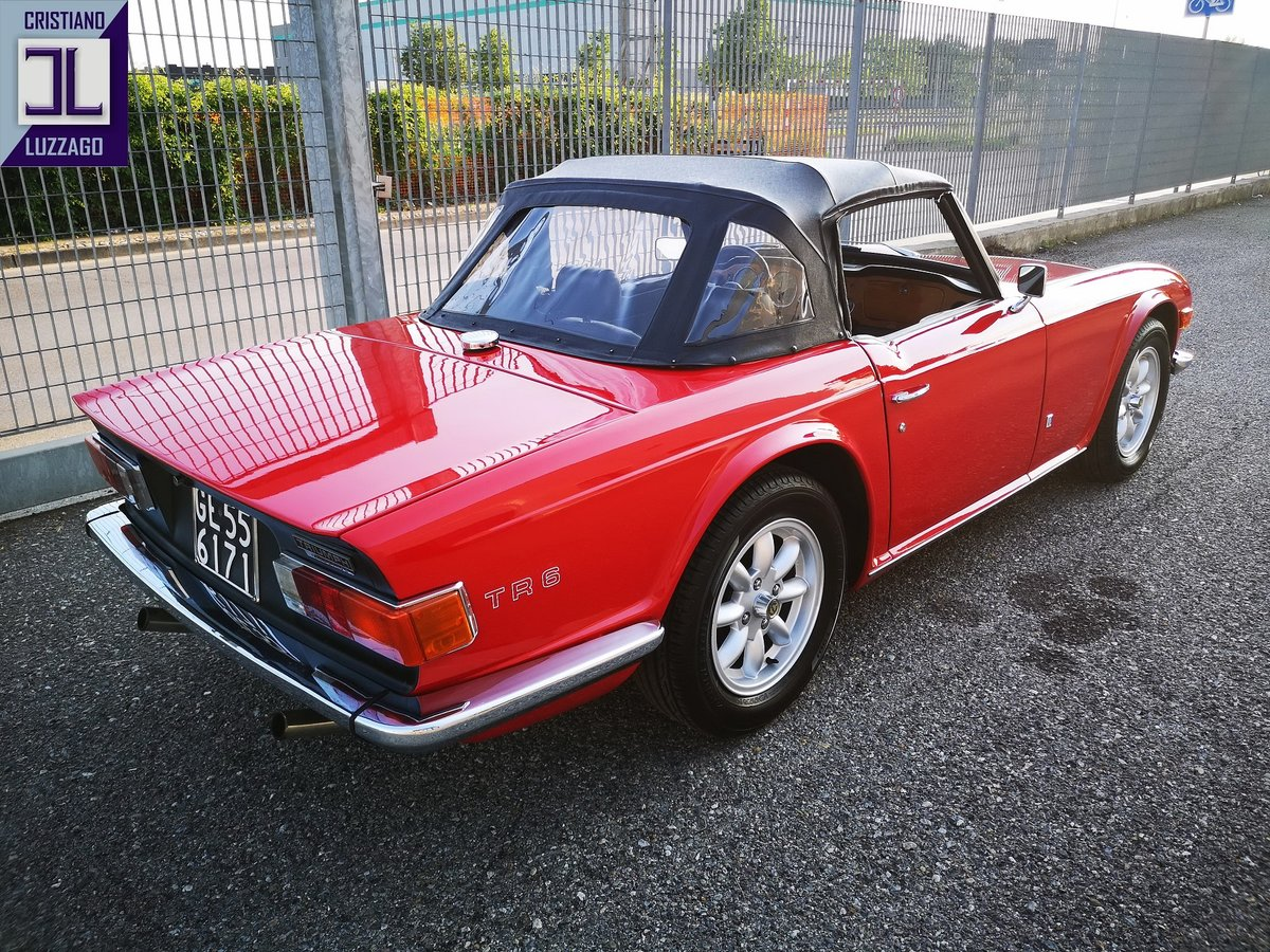 EXCEPTIONAL 1973 TRIUMPH TR6 TOTALLY RESTORED For Sale (picture 3 of 6)