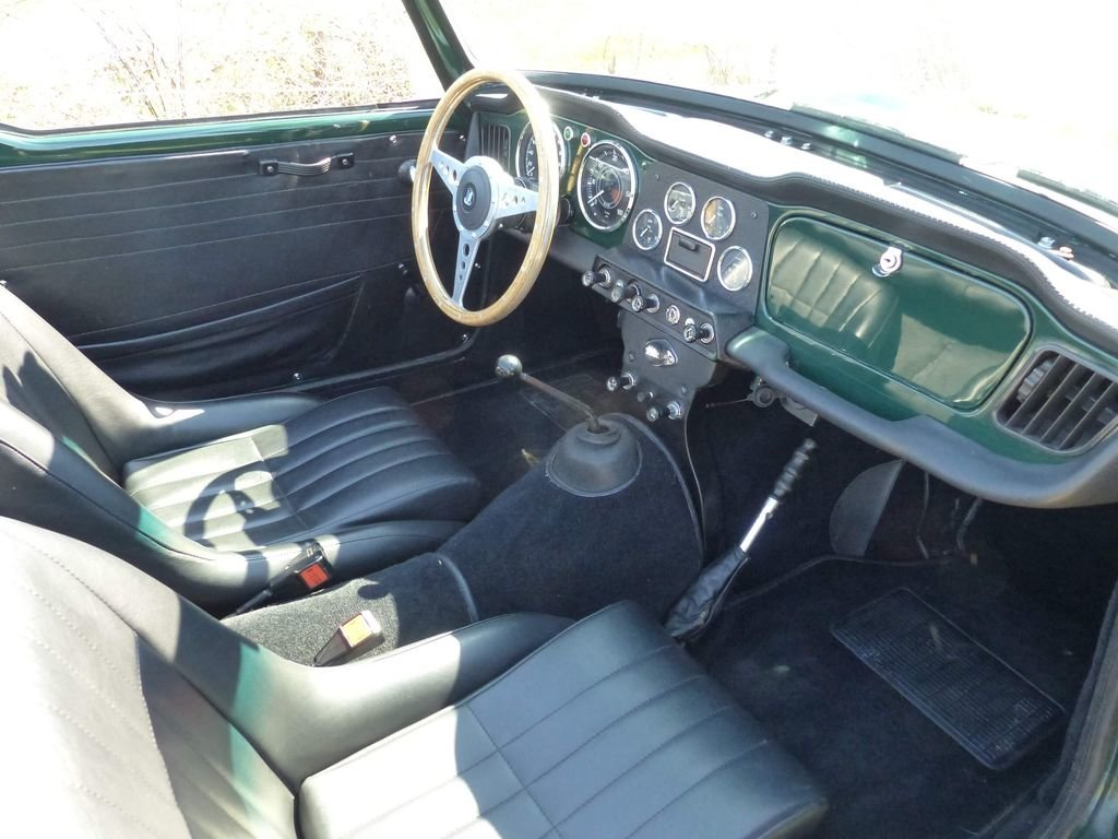 1964 Triumph TR4 - very british speedster For Sale (picture 6 of 6)