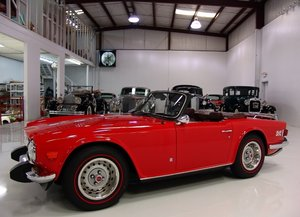 Picture of 1974 Triumph TR-6 Roadster SOLD