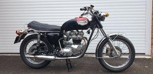 Triumph Bonneville T140V Full Restoration