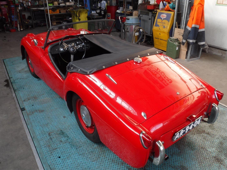 Triumph TR2 1955 For Sale (picture 2 of 6)
