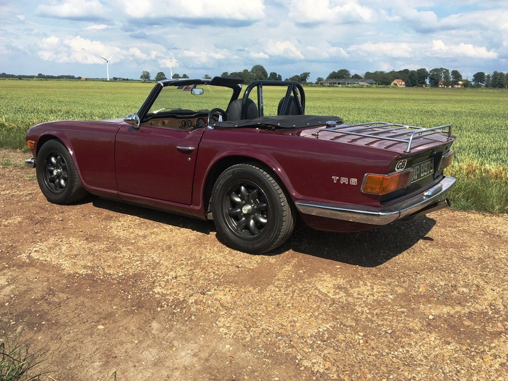 TR6 1970. GENUINE 150 BHP CAR WITH OVERDRIVE.  SOLD (picture 4 of 6)