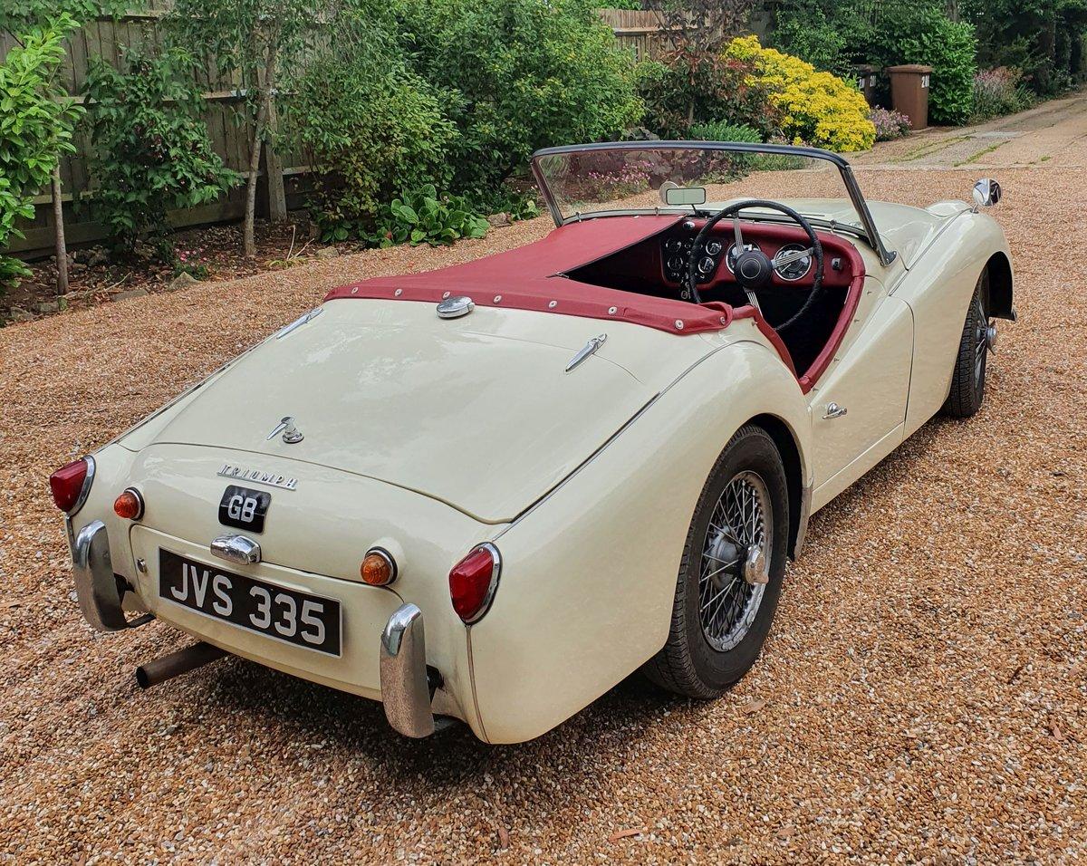 1960 Triumph TR3a SOLD (picture 2 of 6)