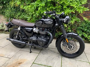 Picture of 2017 Triumph Bonneville T120 Black Edition, Pristine SOLD