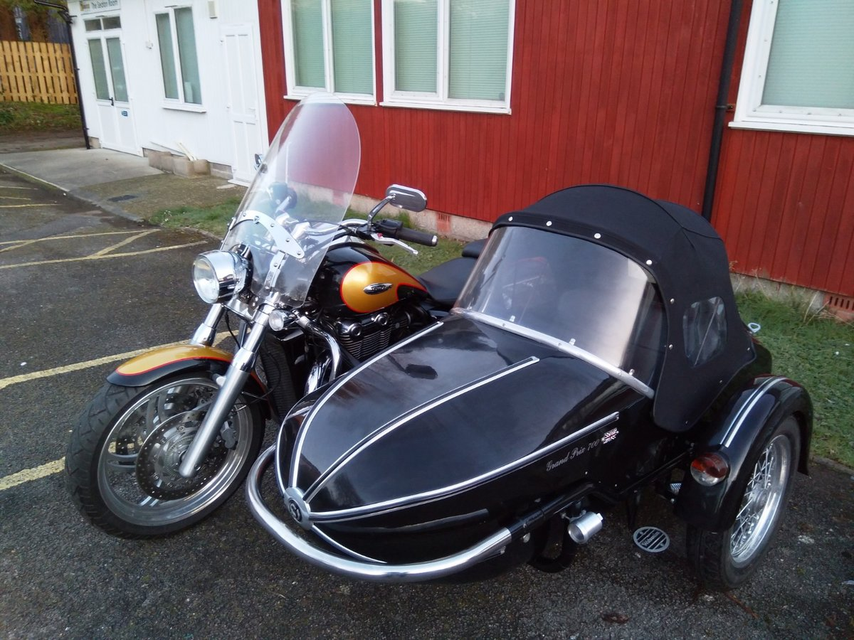 2013 Triumph Thunderbird with Watsonian GP700 sidecar For Sale (picture 2 of 4)