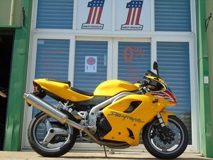 2004 Triumph Daytona 955i Only 1 Owner From New Just 4200 Miles