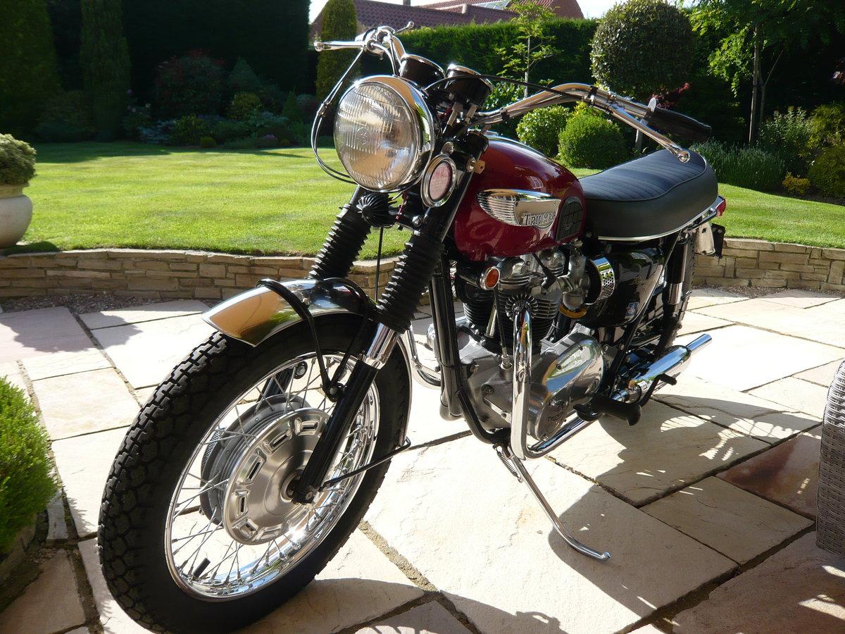 1968 Triumph Bonneville T120R USA Specification For Sale (picture 1 of 6)