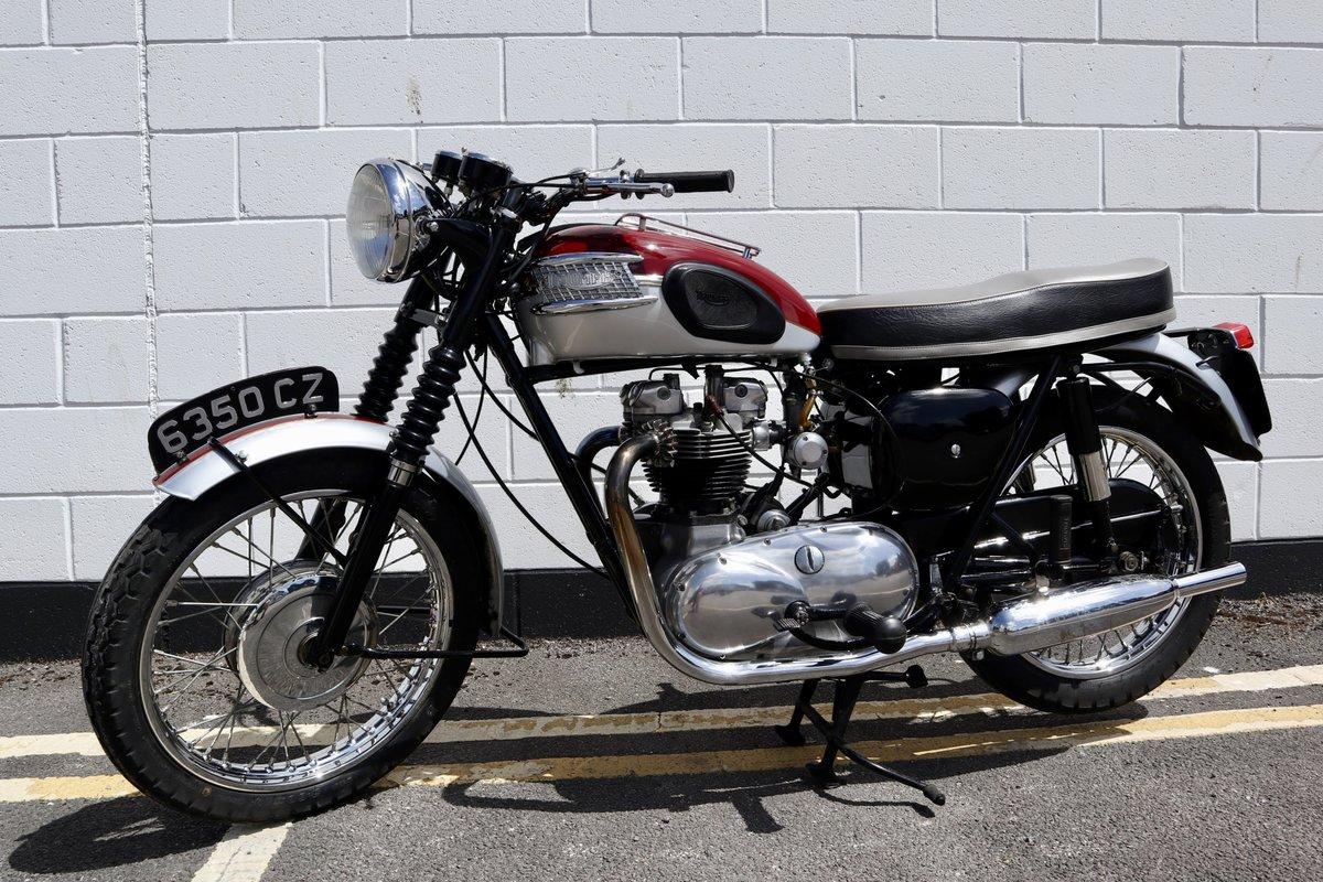 1961 Pre-Unit Triumph TR6R Trophy 650cc Classic For Sale (picture 2 of 6)