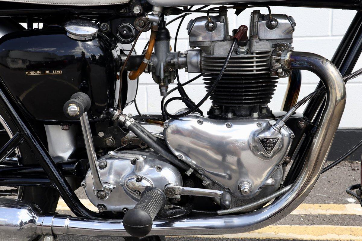 1961 Pre-Unit Triumph TR6R Trophy 650cc Classic For Sale (picture 3 of 6)
