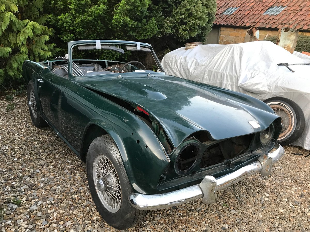 1968 Triumph TR250 Project For Sale (picture 1 of 5)