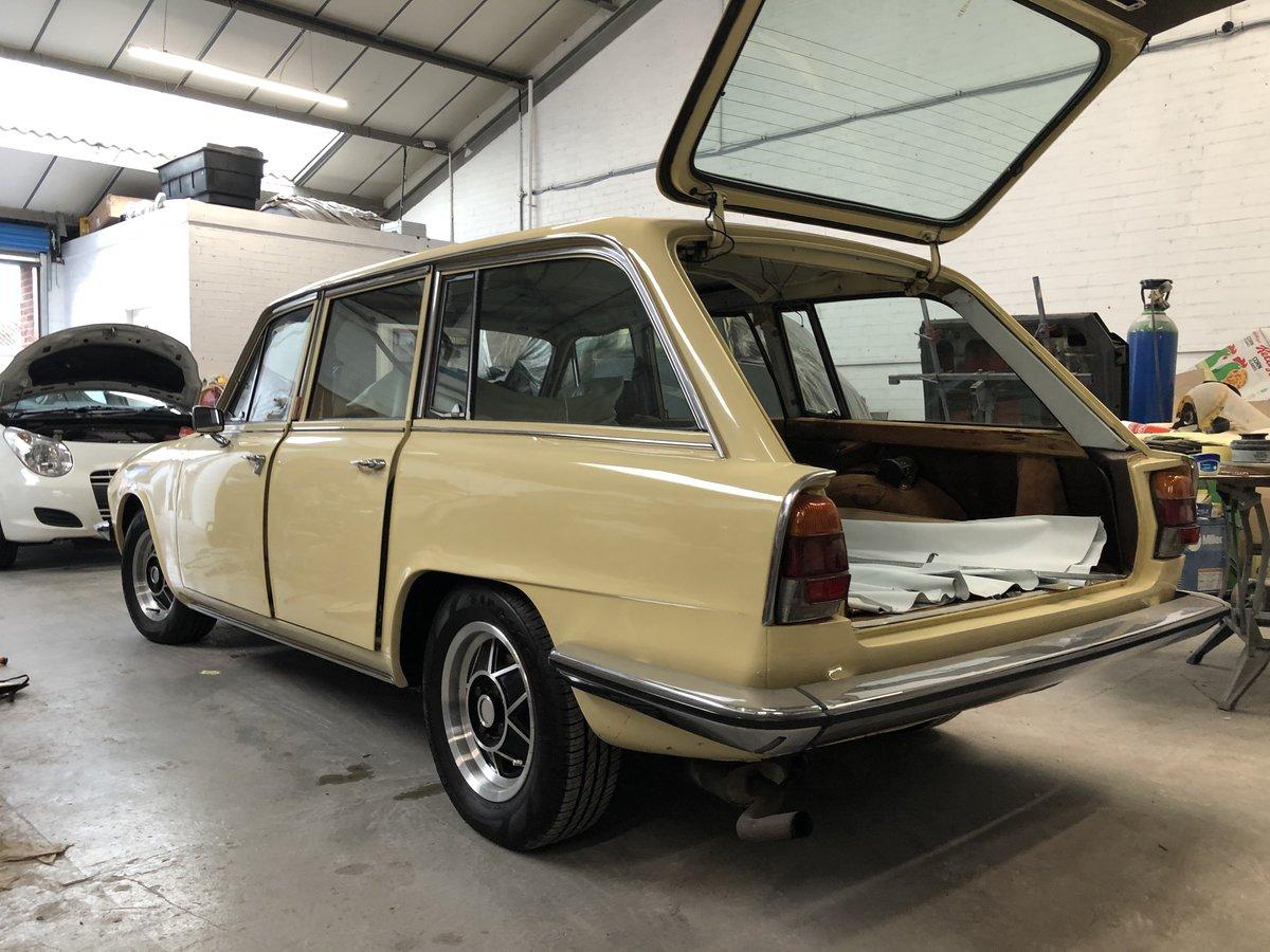 1977 Triumph 2500s Estate SOLD (picture 1 of 6)