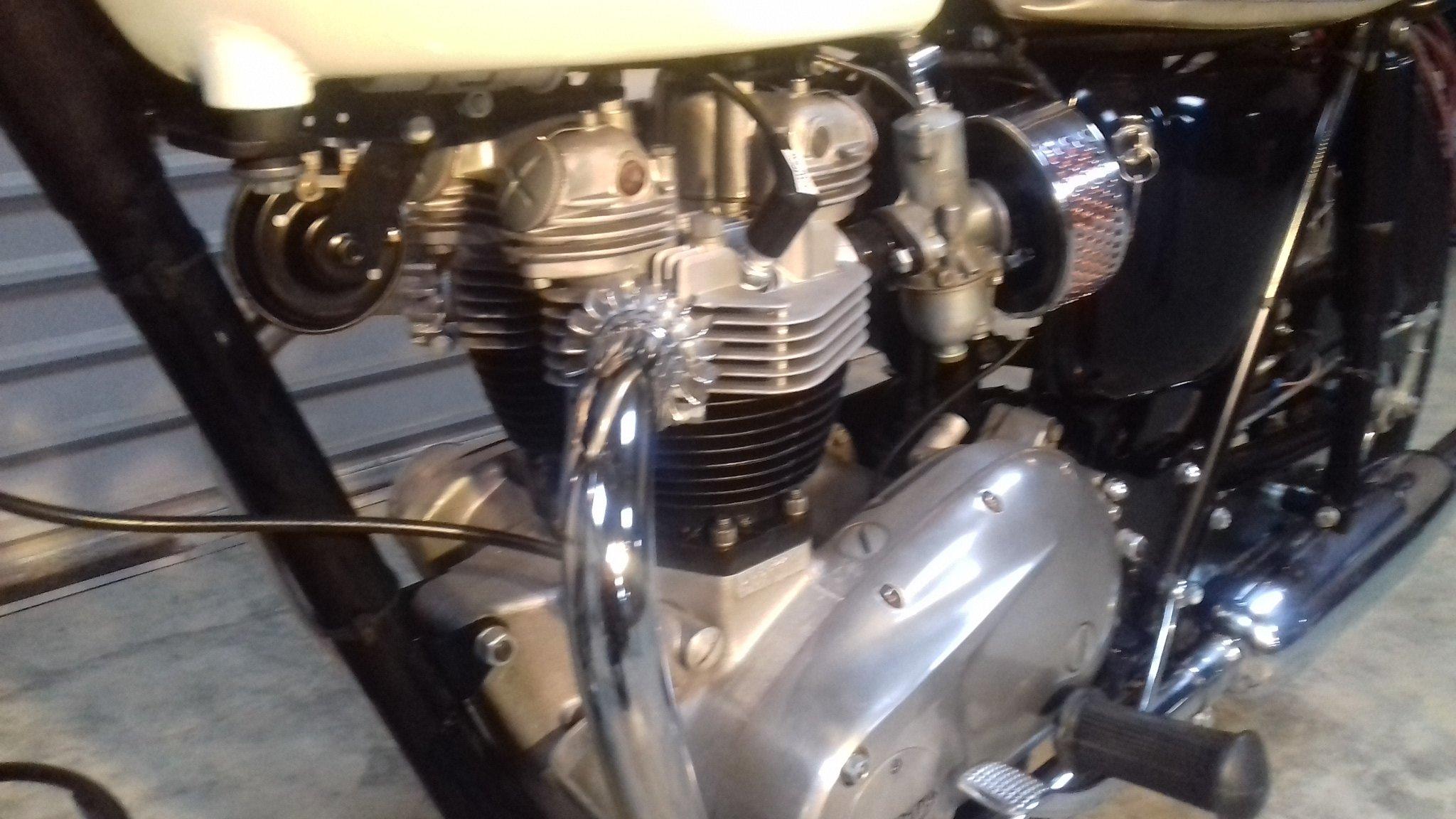 1967 Triumph Bonneville T120R For Sale (picture 4 of 6)