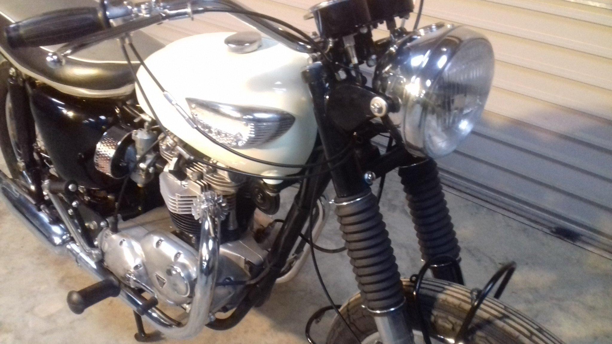 1967 Triumph Bonneville T120R For Sale (picture 5 of 6)