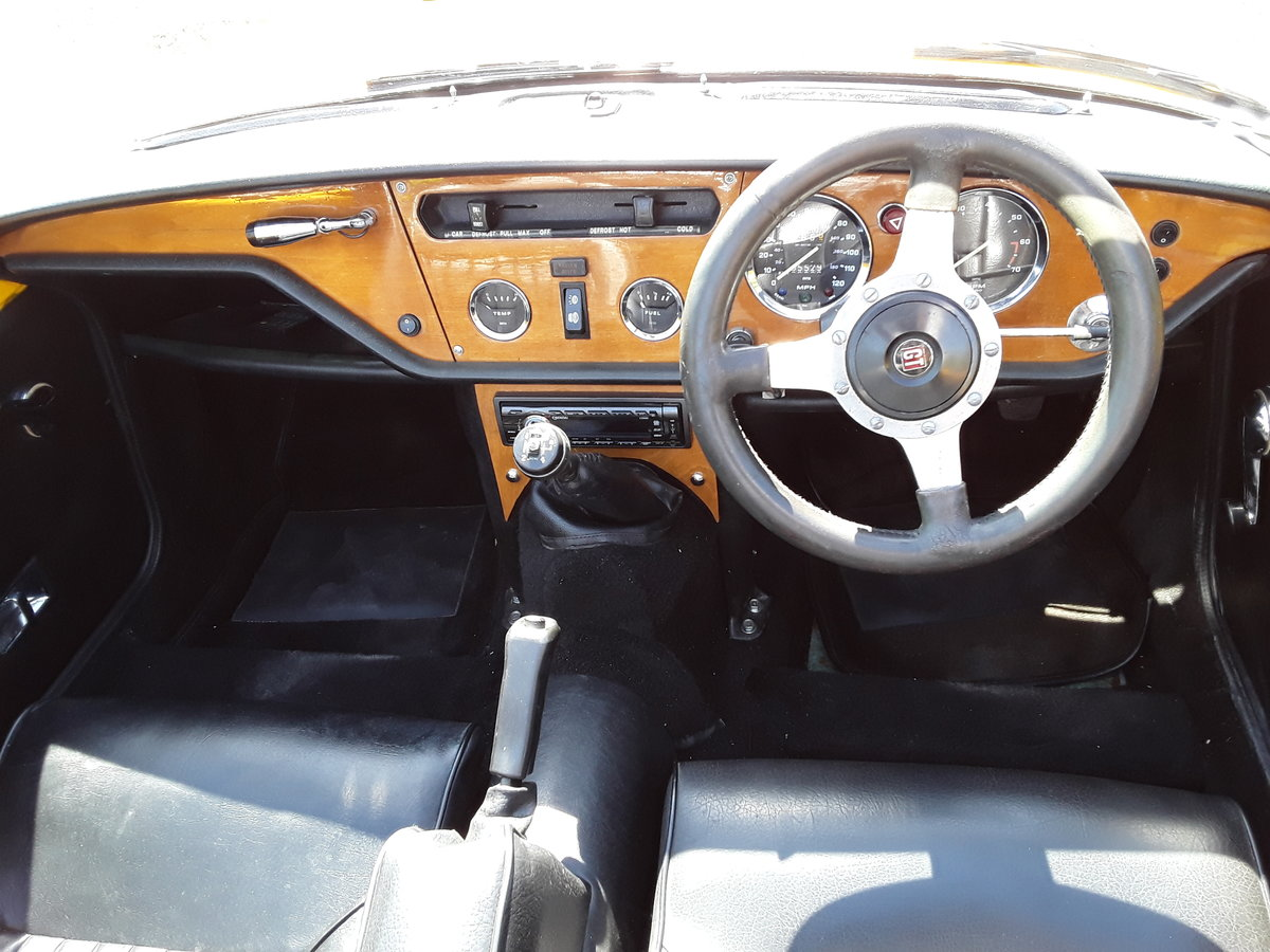 1976 Triumph spitfire 1500 with overdrive SOLD (picture 5 of 6)