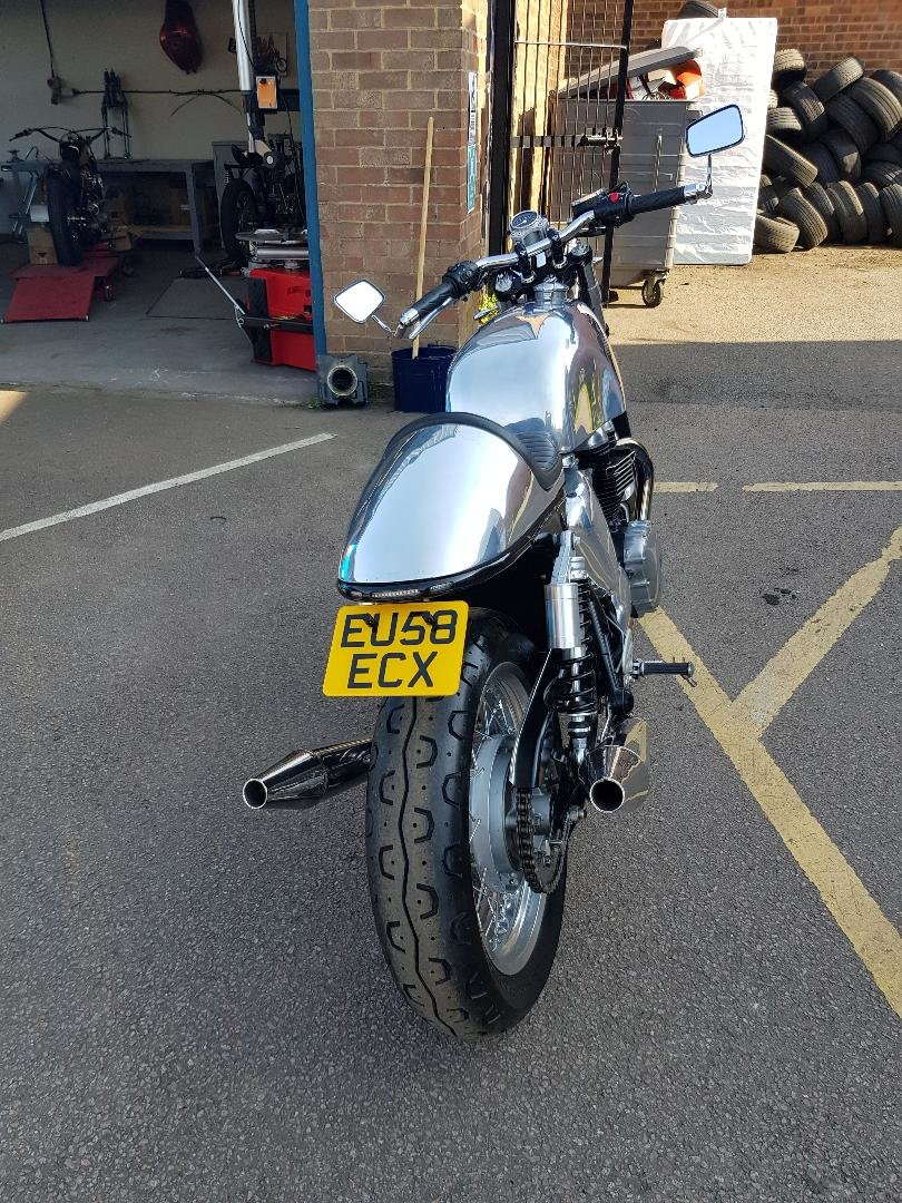 2008 Customised Thruxton 900 For Sale (picture 2 of 5)