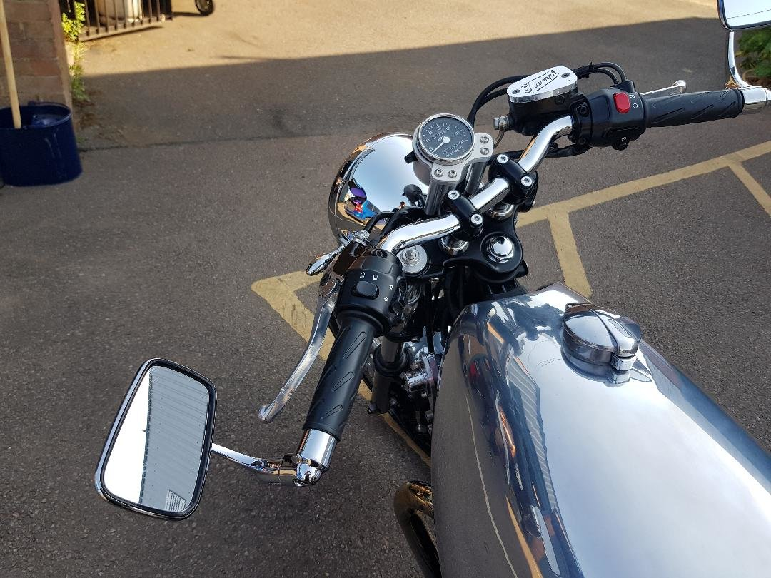 2008 Customised Thruxton 900 For Sale (picture 5 of 5)