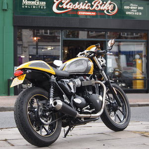 Triumph Street Cup 900 Cafe Racer, Low Mileage, Immaculate.