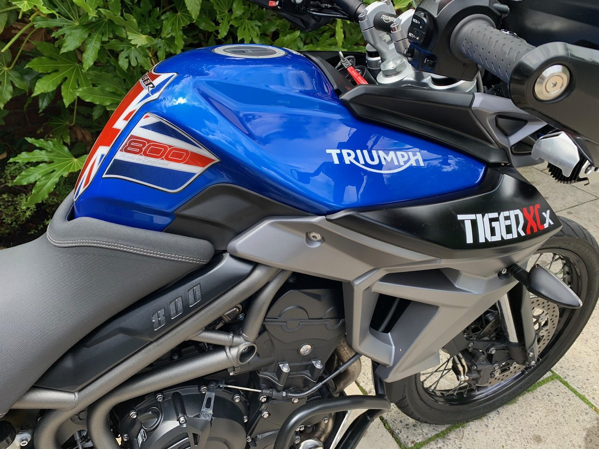 2015 Triumph Tiger 800XCX, FSH, Exceptional Condition SOLD (picture 5 of 6)