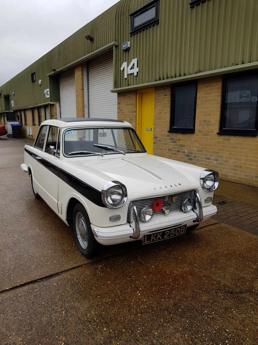 1964 Triumph Herald 12/50 Saloon for auction 16th -17th July SOLD by Auction (picture 3 of 5)