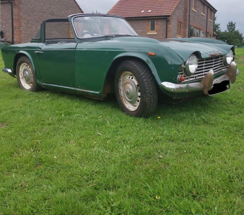 1963 TR4 for restoration For Sale (picture 4 of 6)