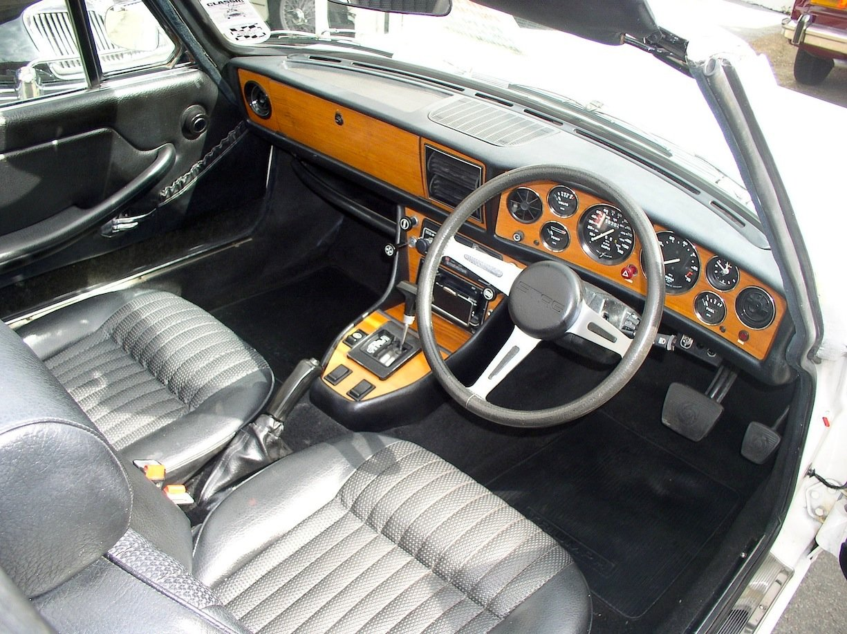 1977 Triumph Stag Automatic Convertible - Only 62,760 Miles  For Sale (picture 3 of 6)