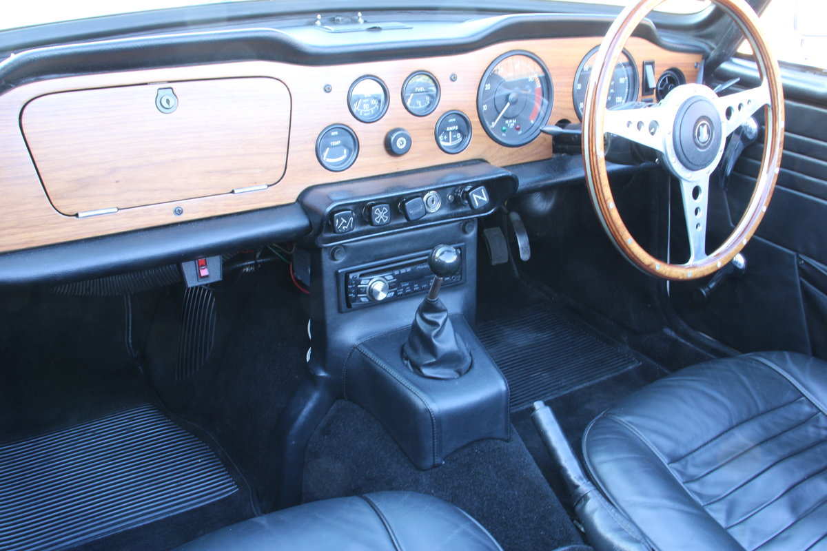 1969 TRIUMPH TR6 150 BHP  For Sale (picture 11 of 20)
