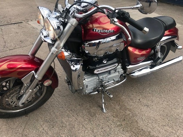 2004 Triumph Rocket III 2300cc For Sale (picture 4 of 6)