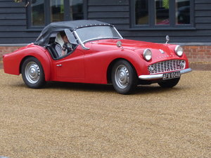 TRIUMPH red TR3 B – LHD - Engine out