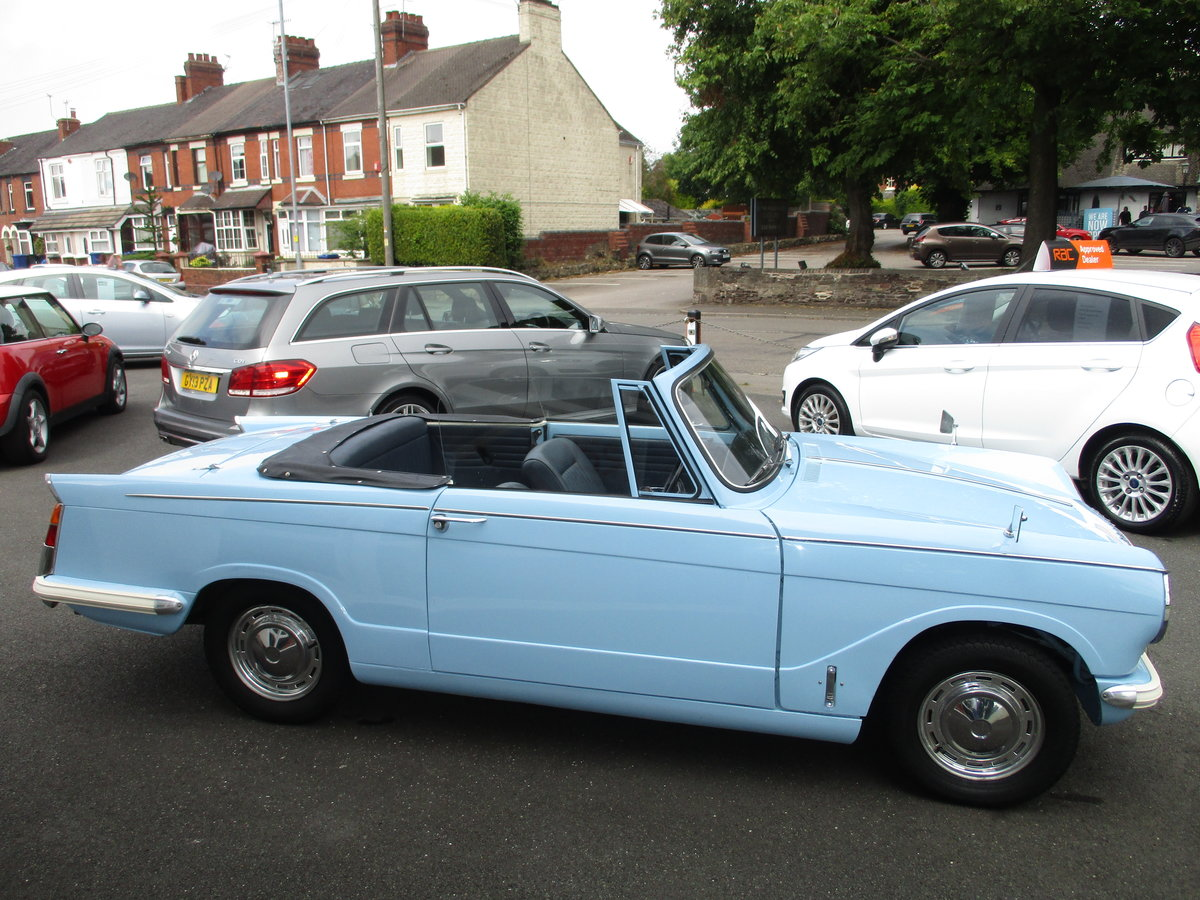 1970 Triumph Herald Beautiful Factory Convertible SOLD (picture 2 of 6)