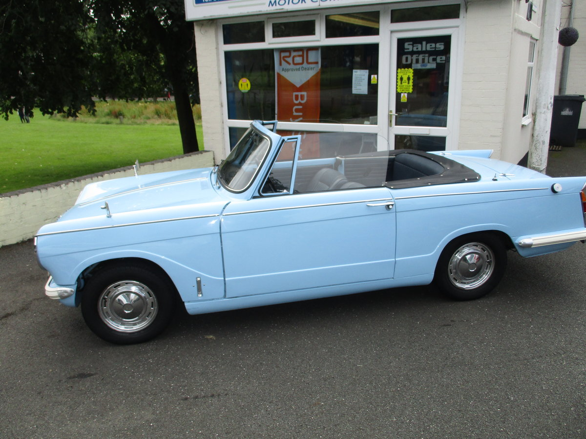 1970 Triumph Herald Beautiful Factory Convertible SOLD (picture 3 of 6)