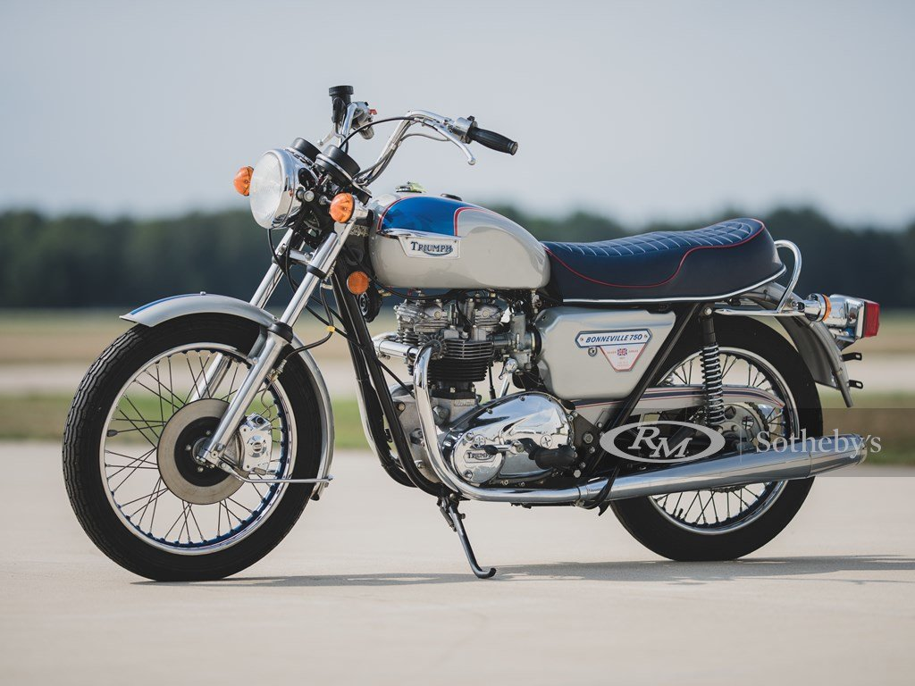 1977 Triumph Bonneville T140J Silver Jubilee  For Sale by Auction (picture 1 of 6)