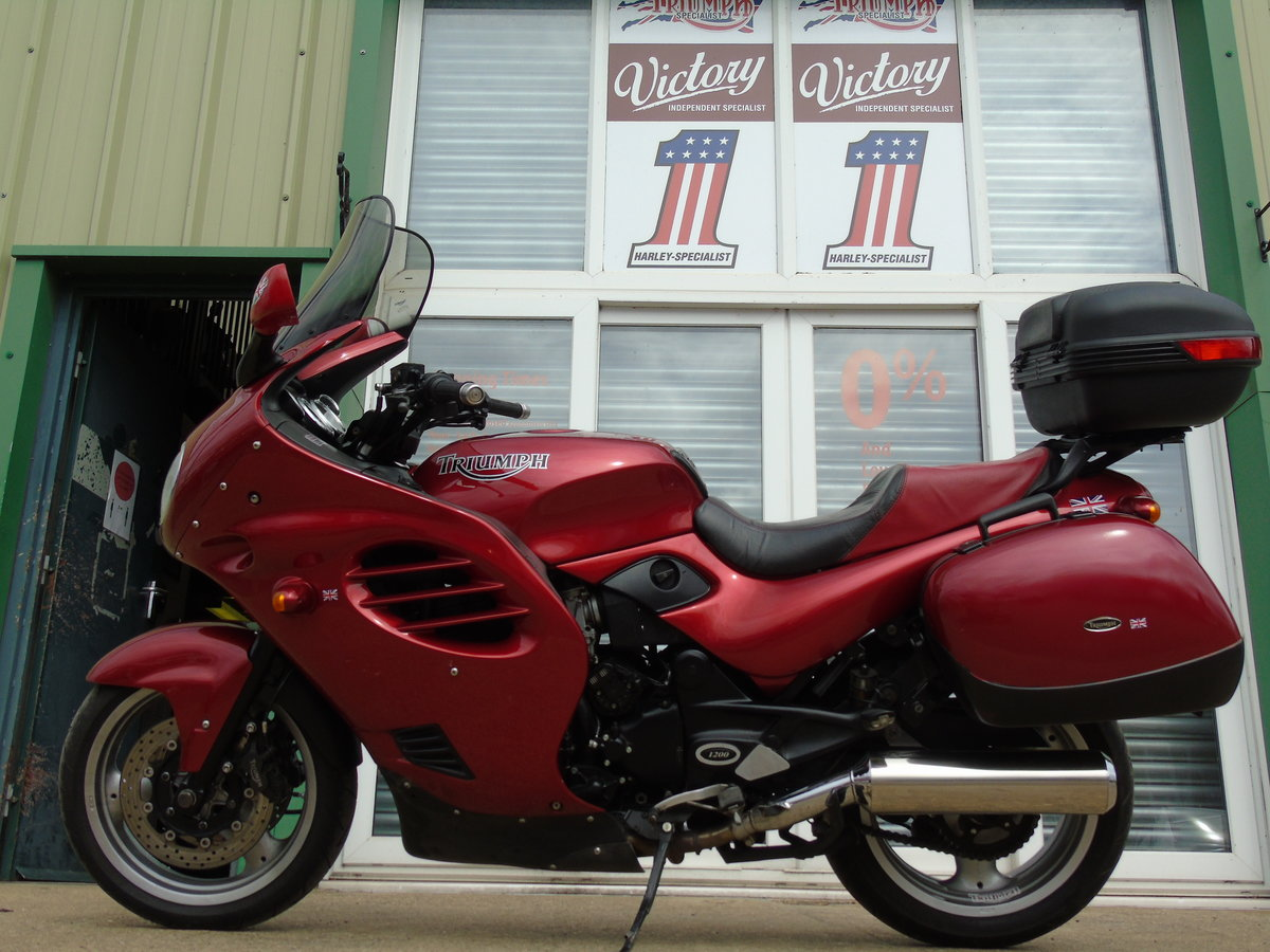 2001 Triumph Trophy 1200 T312 Only 16,000 Miles From New For Sale (picture 2 of 6)