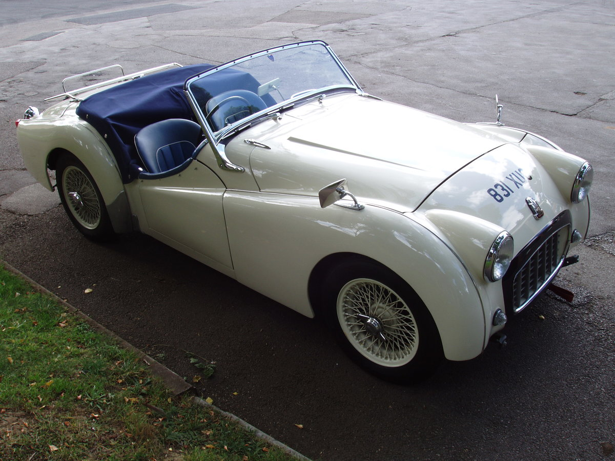 1956 Triumph TR3 2-seat sports For Sale (picture 1 of 6)