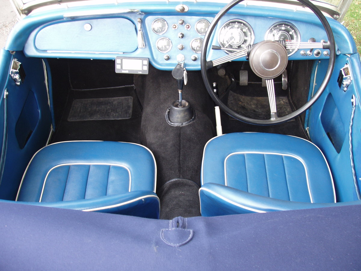 1956 Triumph TR3 2-seat sports For Sale (picture 5 of 6)