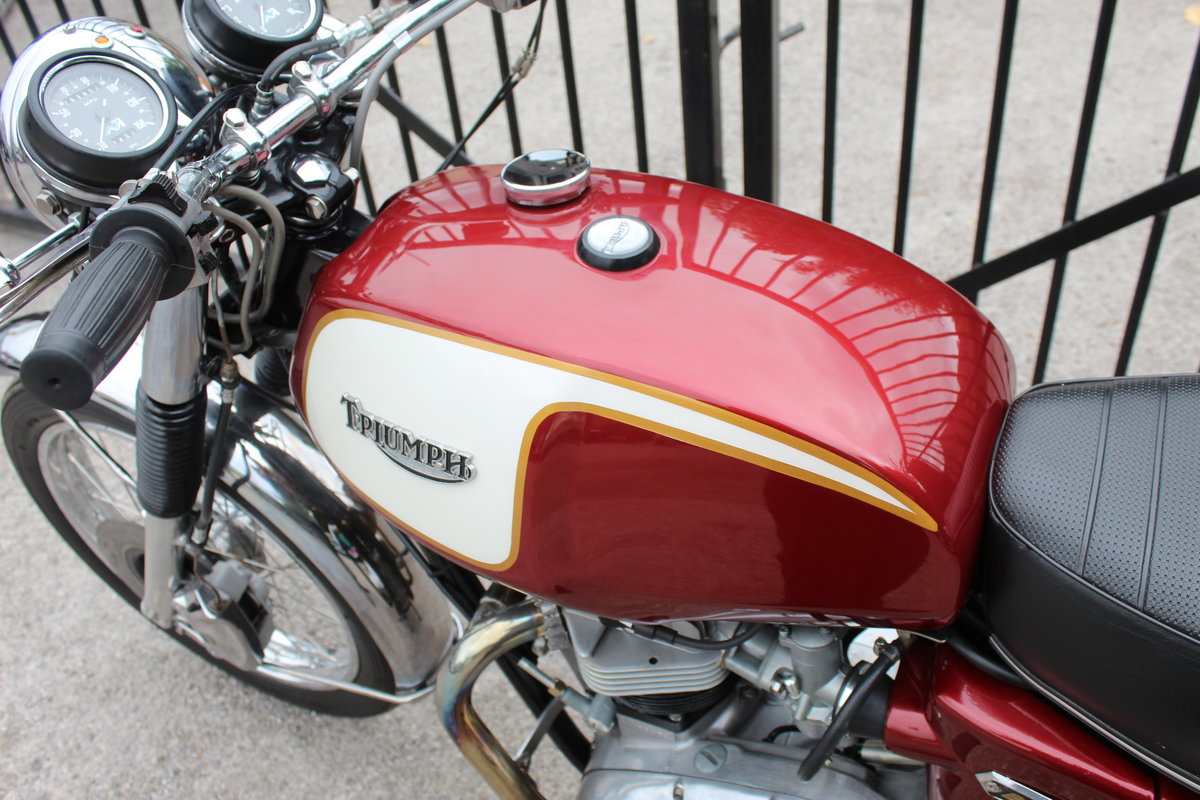 1975 Triumph T140V Bonneville UK Bike Matched Numbers  For Sale (picture 4 of 6)