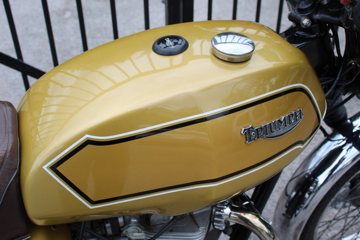 1979 Triumph T140V Bonneville Matching engine and frame  For Sale (picture 2 of 6)