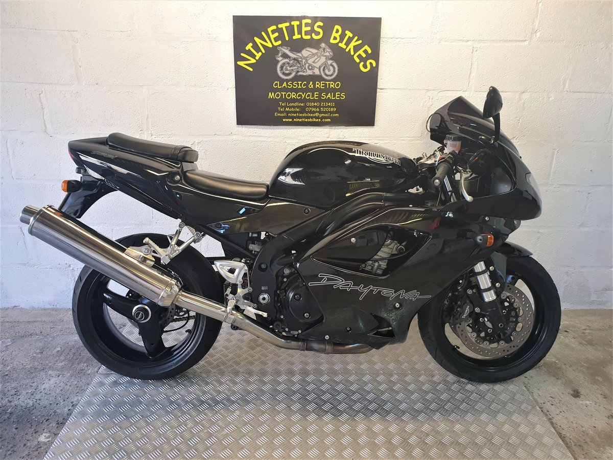 2003 Triumph daytona 955i, p/x and delivery available For Sale (picture 1 of 6)