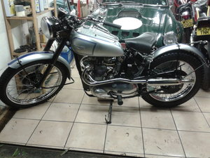 1951 Triumph Trophy Replica