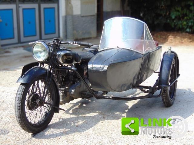 Triumph 500, anno 1935, perfettamente conservata, targa e d For Sale (picture 1 of 6)